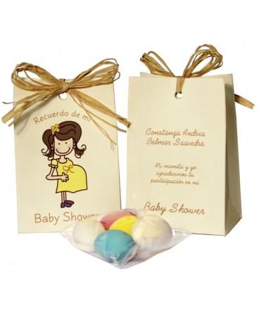 Bolso con rafia embarazada recuerdo de Baby Shower