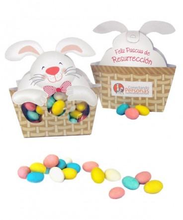 Conejo canasto huevos de almendra regalo pascua resurrección