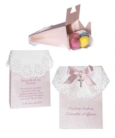 Bolso blonda rosasdo perlado recuerdo de Bautizo